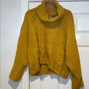 Moon & Madison XL Chunky Cowl neck Sweater Yellow